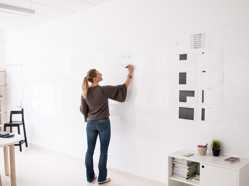 Använd wallrite whiteboardtapet i skolan